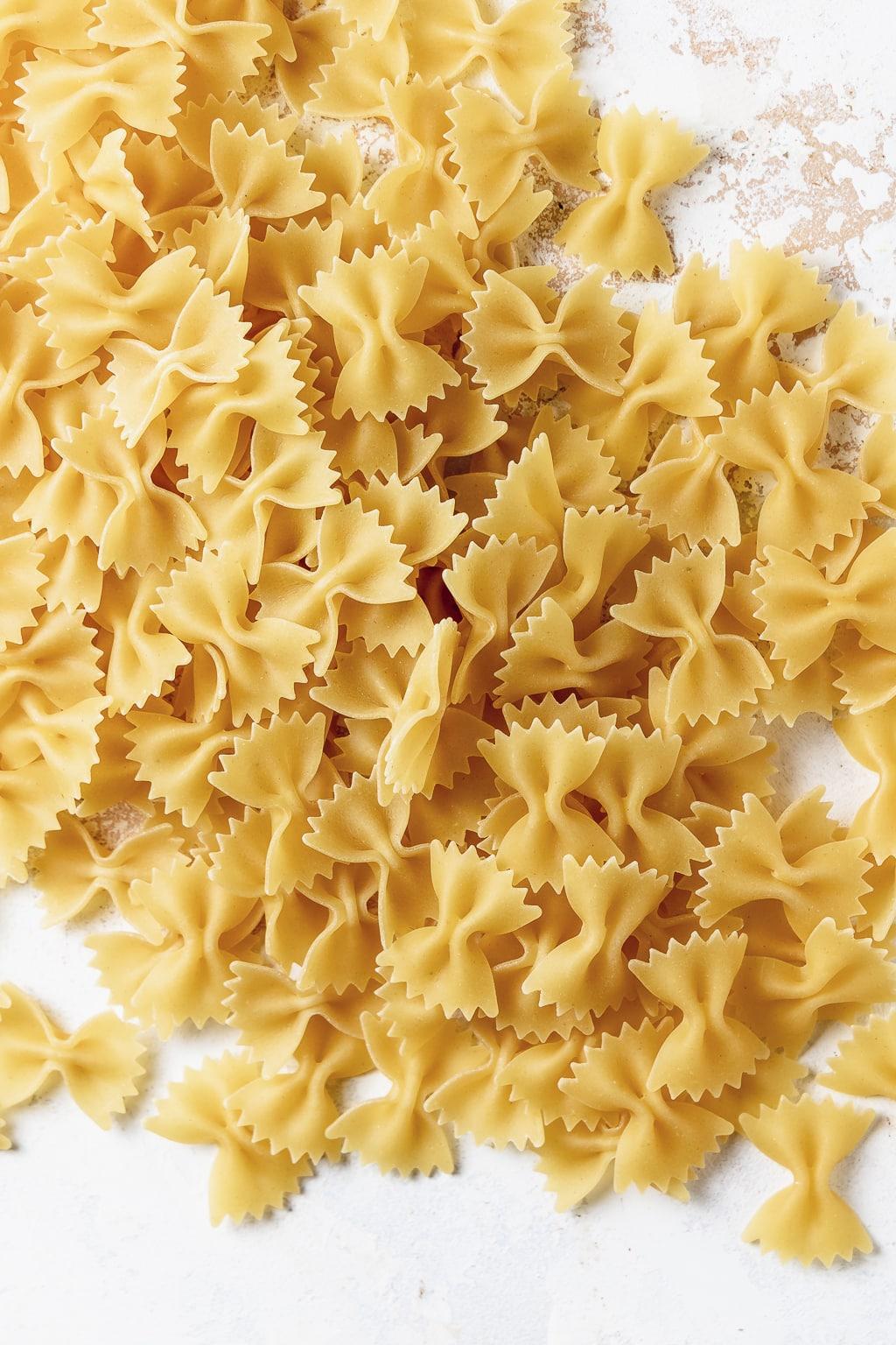 dried farfalle pasta