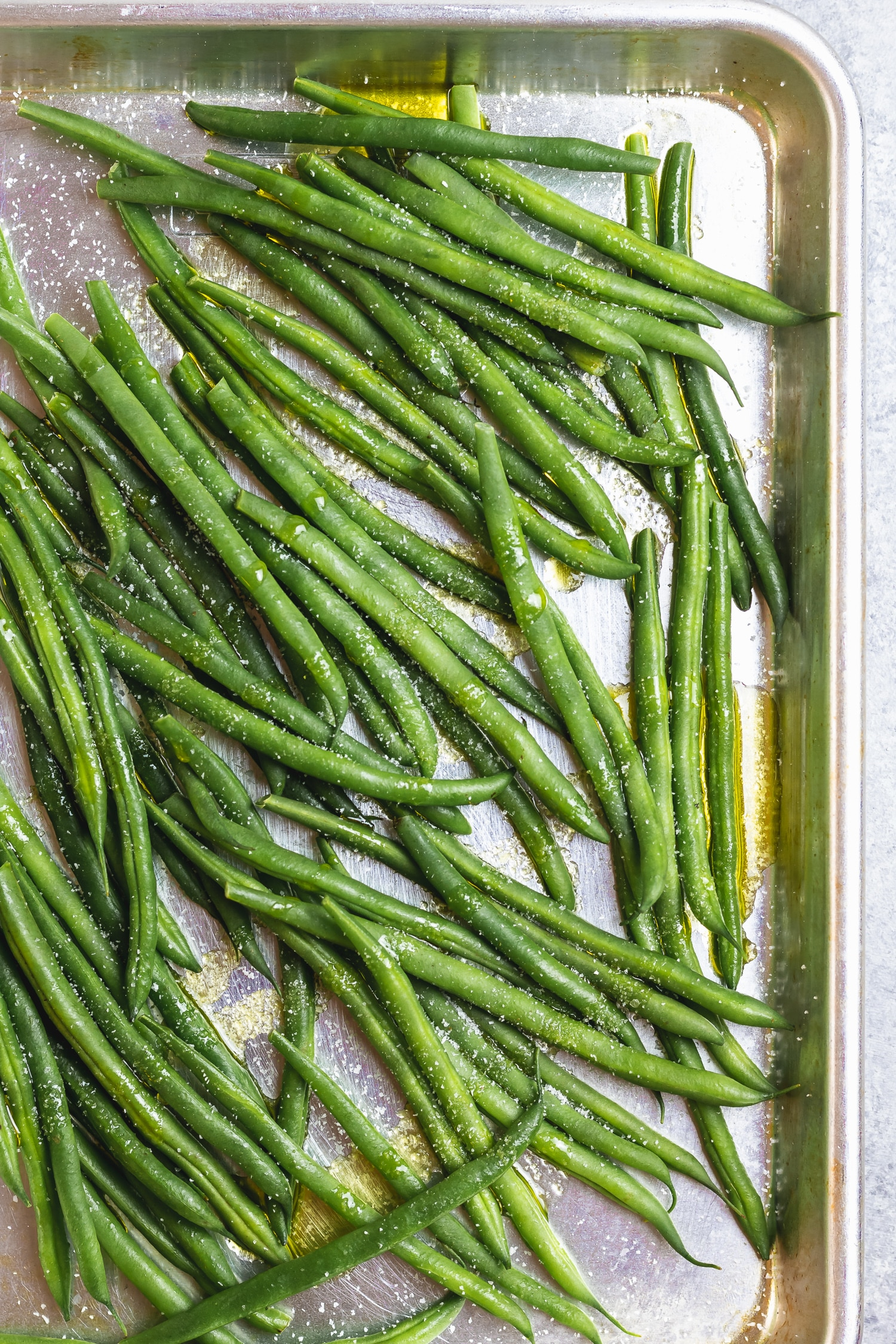 green beans on sheet tray